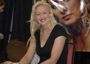 Mindy McCready - CMA Autograph Booth