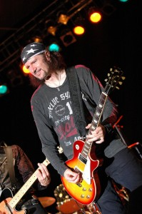 Bruce Kulick - In Concert With Grand Funk Railroad