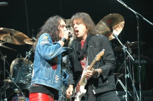 RATT - Stephen Pearcy and Warren DeMartini