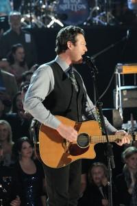 CMA Awards Show - Blake Shelton Performs