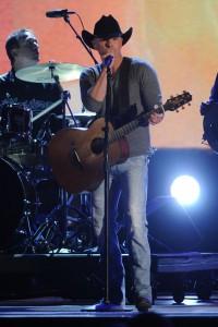 CMA Awards Show - Kenny Chesney