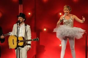 CMA Awards Show - Sugarland Performs