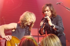 Styx In Concert - Lawrence Gowan / Tommy Shaw