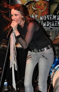 Stacie Collins In Concert