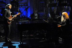 Rock Hall Inductee Leon Russell performs with John Mayer