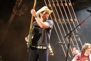 Brad Paisley In Concert - CMA Music Festival 2011
