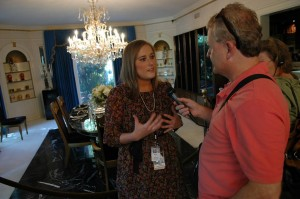 Alicia Dean Gives Audio Tour of Graceland