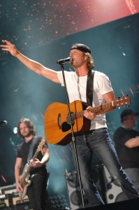 Dierks Bentley In Concert - CMA Music Fest 2011