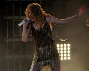 Taylor Swift - CMA Music Fest 2011