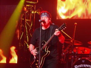 George Thorogood and the Destoyers In Concert - Nashville, TN - Wildhorse Saloon - 3-20-2012 - 3