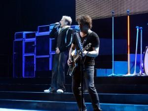 Van Halen In Concert - David lee Roth and Eddie Van Halen