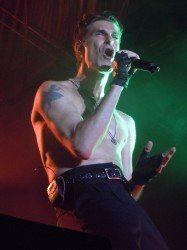 Perry Farrell of Jane's Addiction In Concert