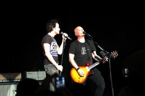 Train In Concert - Pat Monahan and Jimmy Stafford