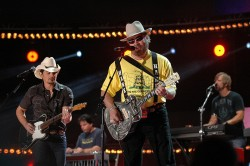 Brad Paisley with Hank Williams Jr - CMA Music Fest 2012