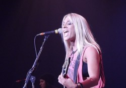 Laura Wilde In Concert