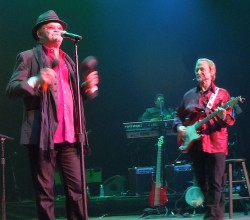 Mickey Dolenz & Peter Tork of The Monkees In Concert - Nashville, TN