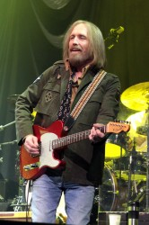 Tom Petty and The Heartbreakers In Concert - Nashville, TN 9/23/2014