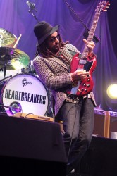 Tom Petty and The Heartbreakers In Concert (Mike Campbell) - Nashville, TN 9/23/2014